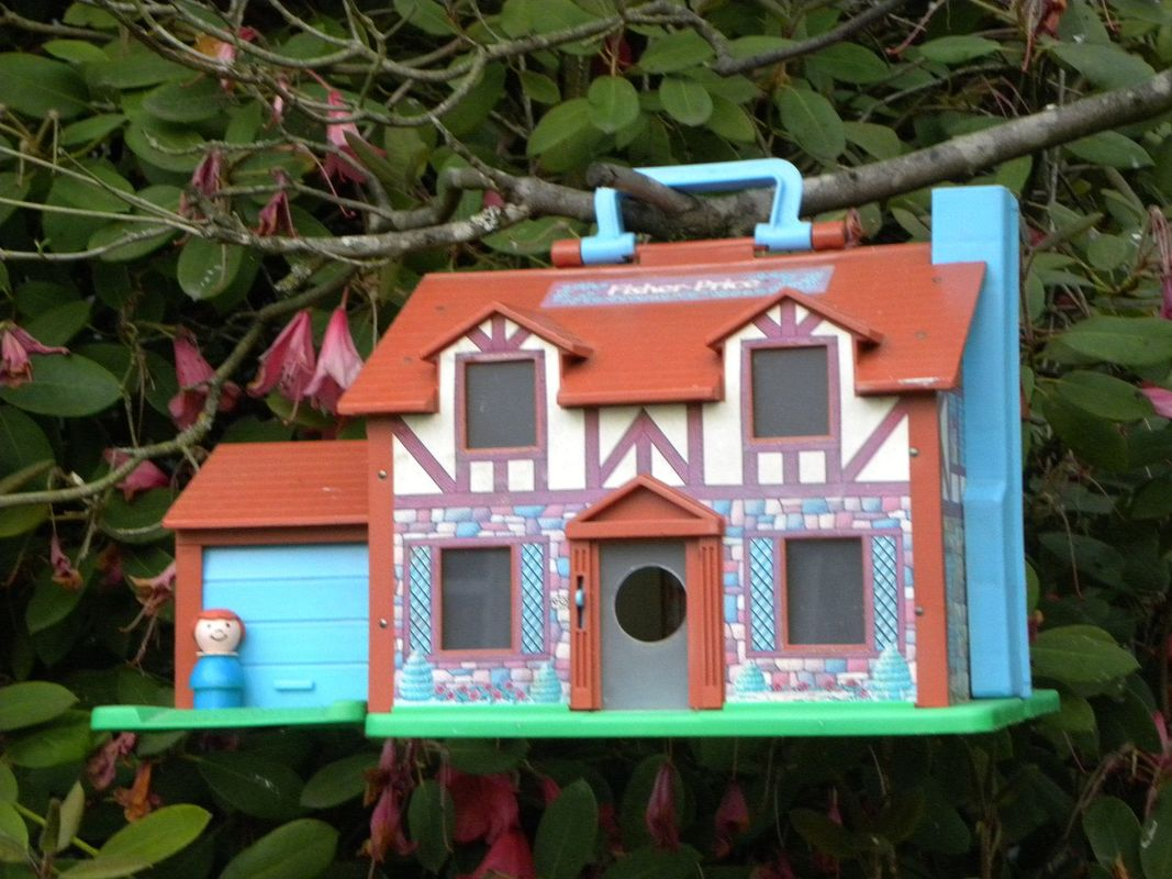 fisher price little people house, birdhouse
